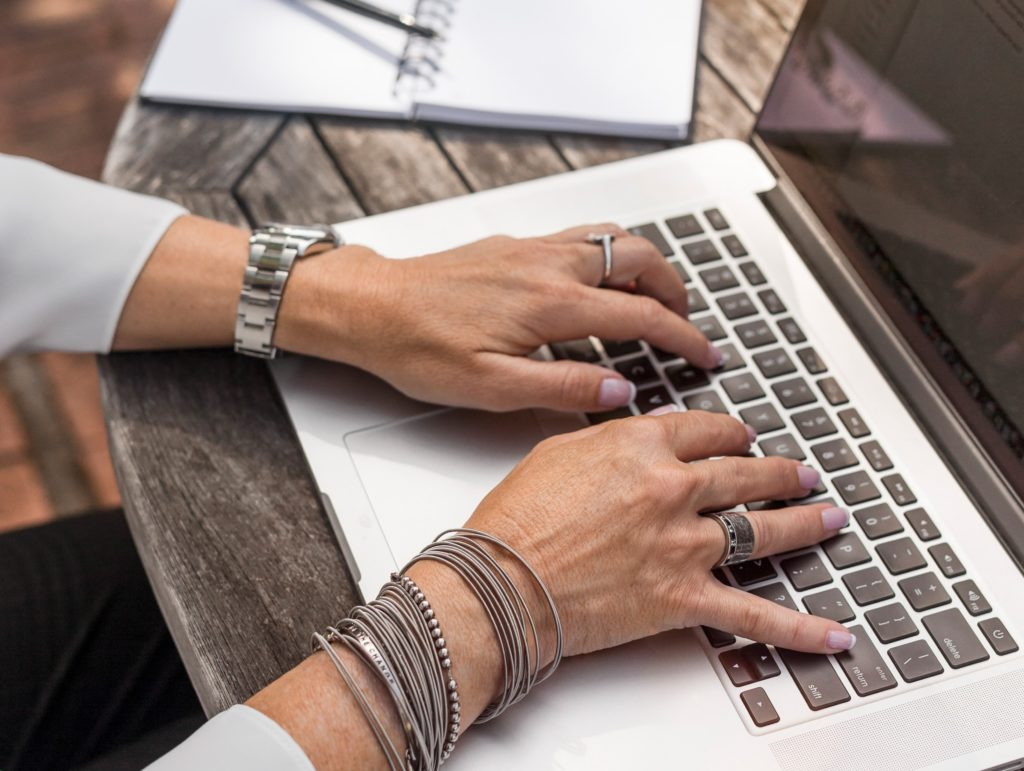 5 LinkedIn Updates To Make Before You Apply for the Job